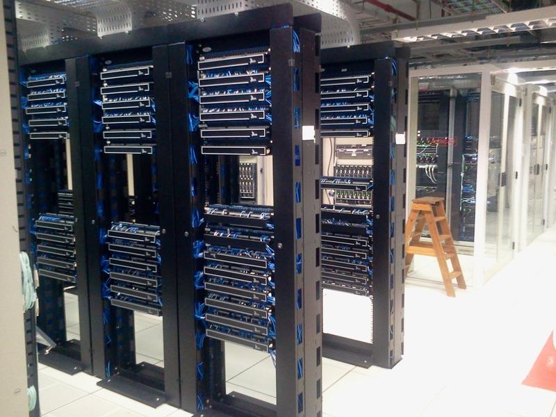 Jenis-Jenis, Fungsi dan Cara Kerja Server